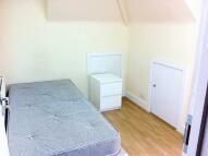 Studio apartment in BURNSIDE ROAD...