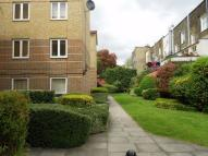 2 bedroom Flat in 353 Caledonian Road...