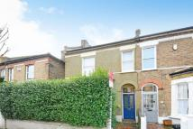 2 bed Flat in Fernlea Road, Balham