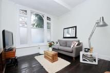 Dinsmore Road Flat for sale