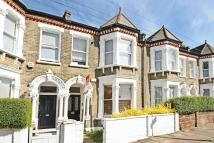 2 bed Flat for sale in Hearnville Road...