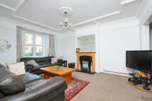 5 bed Terraced home in Hosack Road, Balham