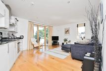 1 bed Flat in Trinity Crescent...