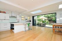 4 bed Terraced home for sale in Parkthorne Road, Balham