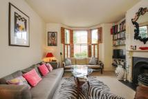 3 bed semi detached house in Balham Grove...