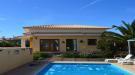 Villa for sale in Triquivijate...