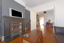3 bed Flat in Comyn Road, Battersea