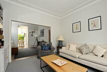 Terraced home in Harbut Road, Battersea