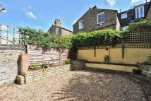 Flat for sale in Thirsk Road, Battersea