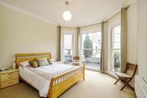 Flat for sale in Trinity Road, Wandsworth