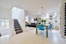 2 bed Flat for sale in Bellevue Parade...