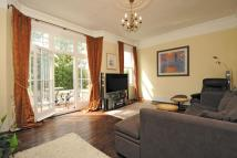 Flat in Clapham Common North...