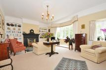 Maisonette for sale in Clapham Common West Side...