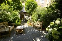 5 bedroom house for sale in Porchester Terrace...