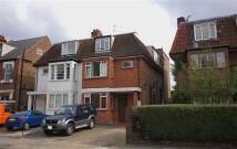 3 bed Flat to rent in Chiswick Lane, London, W4