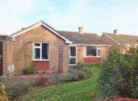 Detached Bungalow in Cleveland Close...