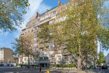 Flat for sale in Porchester Gate...