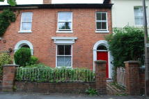 3 bed Terraced home to rent in Merton Road, Malvern Link