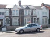 2 bed Flat to rent in Cowbridge Road East...