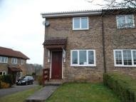 2 bed semi detached house to rent in Spring Grove, Thornhill...