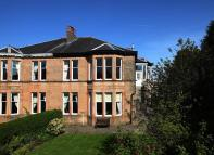 3 bedroom Flat in 53 Langside Drive...