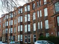Flat in 8 Ellangowan Road...