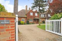 5 bedroom Detached house in Manor Way, Beckenham