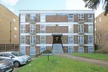 2 bed Flat for sale in Copers Cope Road...