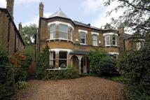 4 bedroom semi detached house in Barnmead Road, Beckenham