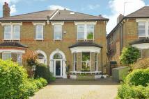5 bedroom semi detached house in Lennard Road, Beckenham