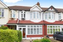 3 bedroom Terraced house in Hillcrest View, Beckenham