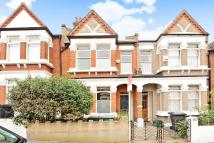 4 bed Terraced house in Homecroft Road, Sydenham