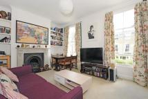 Flat for sale in Gillies Street...