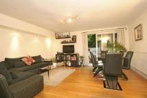 1 bedroom Flat for sale in Crogsland Road...