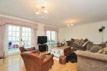 Flat for sale in Wedderburn Road...
