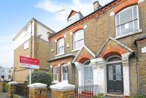 3 bed Terraced property in Quentin Road, London