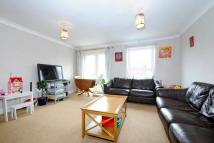 2 bed Flat for sale in Dacre Park, Lewisham
