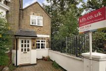 2 bedroom semi detached house in Humber Road, Blackheath