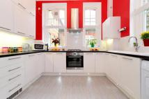Flat for sale in Dressington Avenue...