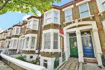 3 bed Flat for sale in Pendrell Road, Brockley