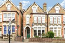 Flat in Halesworth Road, Lewisham
