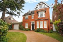 5 bedroom Detached house in Edward Road...