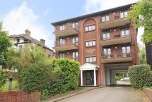 2 bedroom Flat in Widmore Road, Bromley