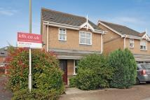 3 bed Detached property in Lavender Close, Bromley