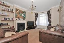 2 bed End of Terrace house in Park End, Bromley