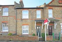 2 bed Terraced house in White Horse Hill...