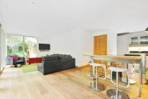 2 bed Flat for sale in Elmstead Lane...