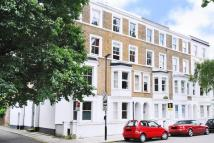 1 bedroom Flat in Stamford Brook Avenue...