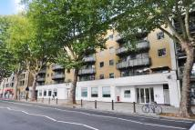 2 bed Flat for sale in Chiswick High Road...