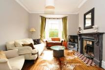 4 bed Terraced home in Rosebery Road...